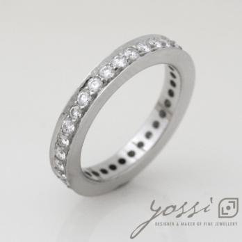 32 Diamonds Eternity Ring