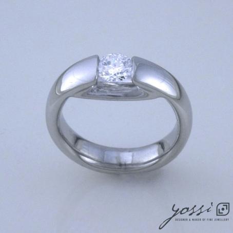 Contemporary Diamond Engagement Ring 3