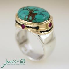 Stunning Turquoise Oval Ring