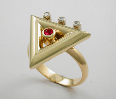 Exquisite Diamond and Ruby Triangle Ring 3