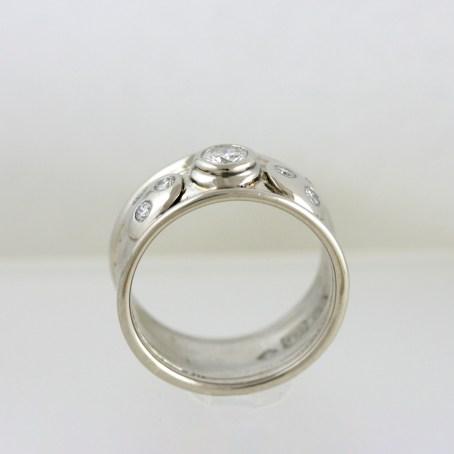 Diamond Bliss Wedding Ring 4