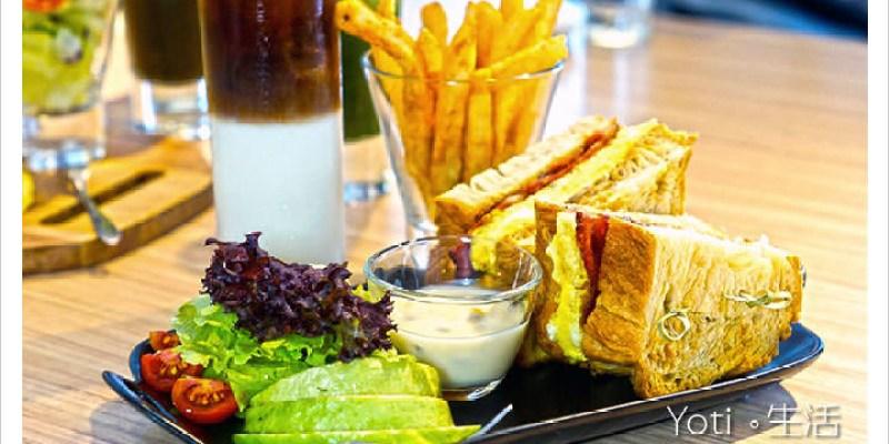 [花蓮市區] 路易先生早午餐 | 來自台南的超人氣 Brunch, 鐵鍋料理和特色三明治絕不能錯過!〈試吃邀約〉