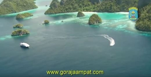 RAJA AMPAT. INDONESIA. PARADISE ON EARTH