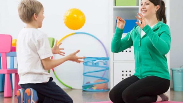 physiotherapy in children with DCD