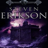 Review of ~ Steven Erikson - Midnight Tides (Malazan Book Of The Fallen #5)