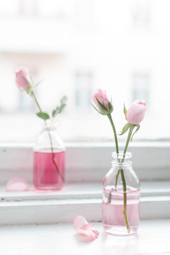 DIY Blumendekoration zum Valentinstag selber machen