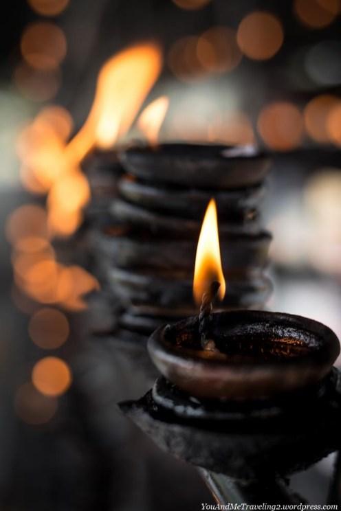 sri lanka anuradhapura candles