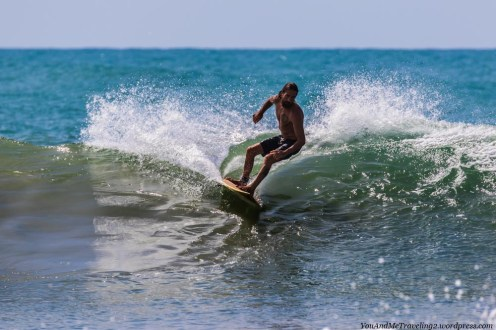 sri lanka arugam bay surfer
