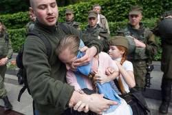 «Это кусок мяса» — нацист, напавший на девочку 9 мая, стал инвалидом (ВИДЕО)
