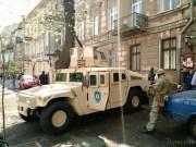 В Одессе введен особый режим: улицы патрулирует бронетехника СБУ