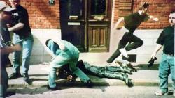 Питерские подростки избили старика (Видео +18)