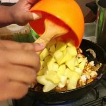 Ensuite les pommes de terres coupés en cubes