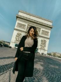 arc de triumph budget travel to paris