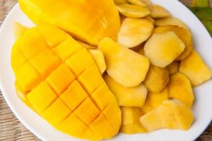 What does mango taste like and its flavor