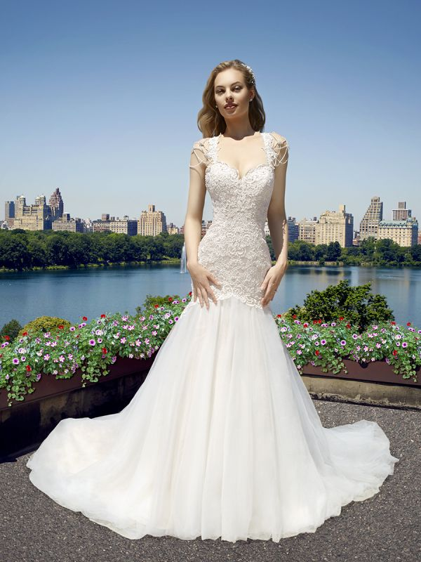 Beautiful Brand Wedding Dresses Pearl Cap Sleeve Lace
