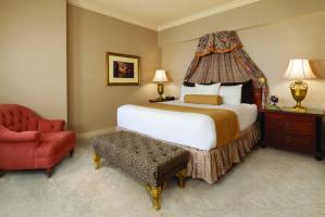 Paris Las Vegas Room with Chair