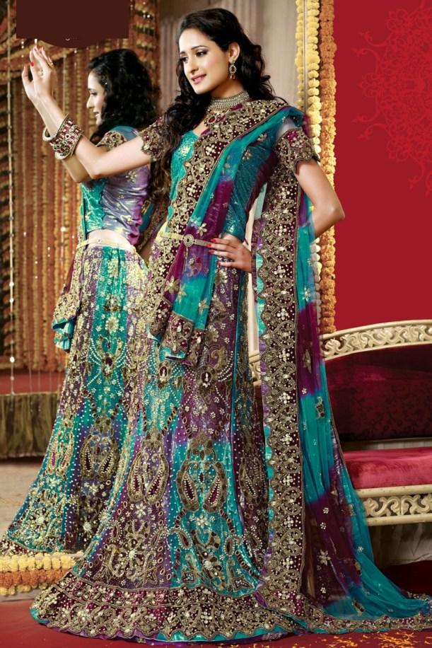 heavy embroidry bridal lehanga