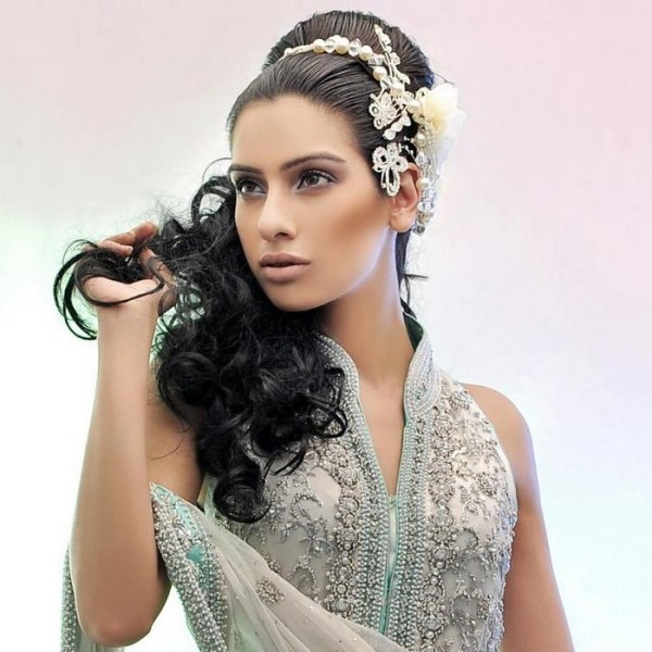 Top 30 most Beautiful Indian Wedding Bridal Hairstyles for ...