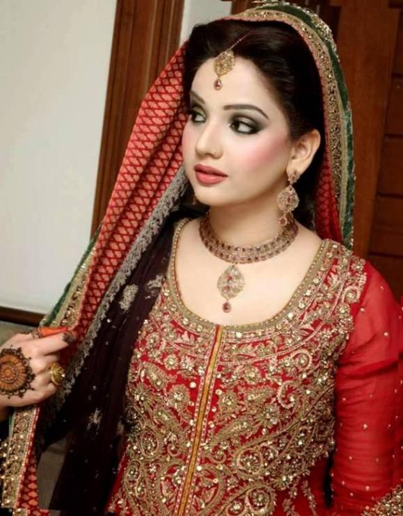 punjabi dulhan hairstyle