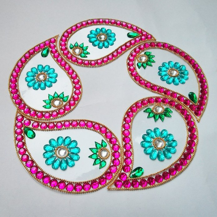 kundan floating rangoli design