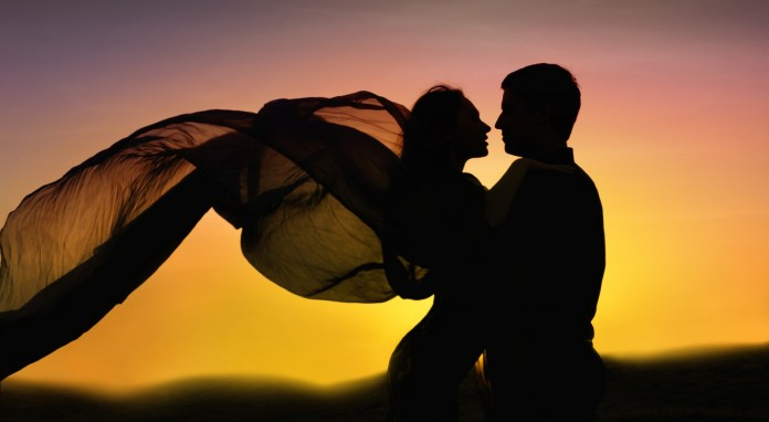 love couple dancing images
