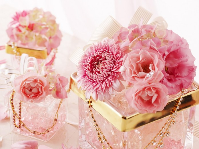 romantic pink flowers images