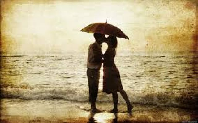 couple under umbrella pics