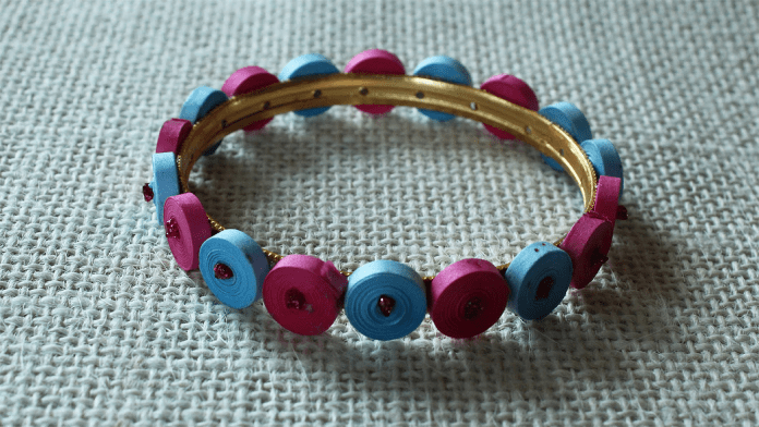 paper quilling bangle design