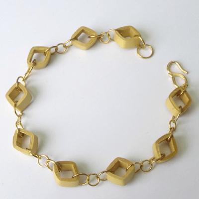 simple paper quillied bracelet design idea