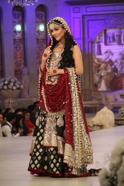 pakistani dresses for engagement