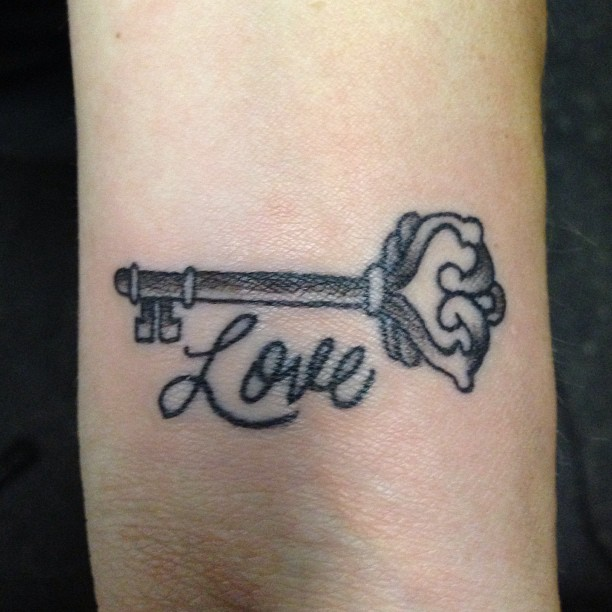 love wrist tattoo design