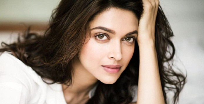 Deepika Padukone Beautiful Image Most Beautiful Girl in the world