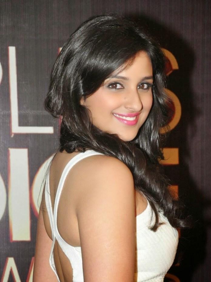 Parineeti-Chopra Beautiful Indian Actress Indian Girls Pretty Images