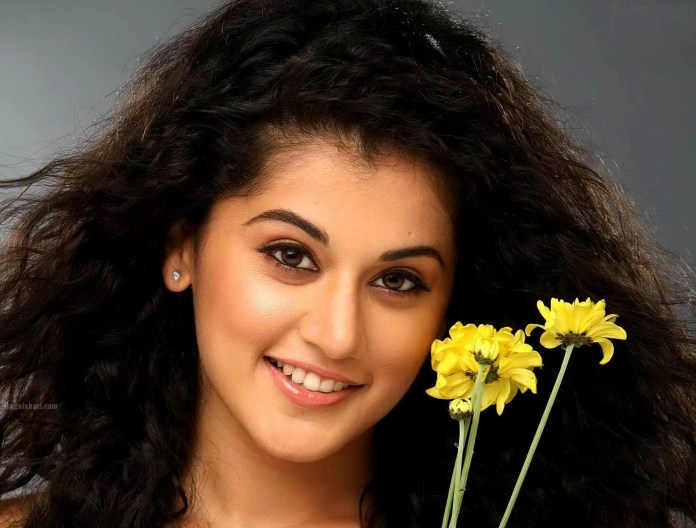 Taapsee Pannu beautiful Indian Girl Pretty Desi Girls Images