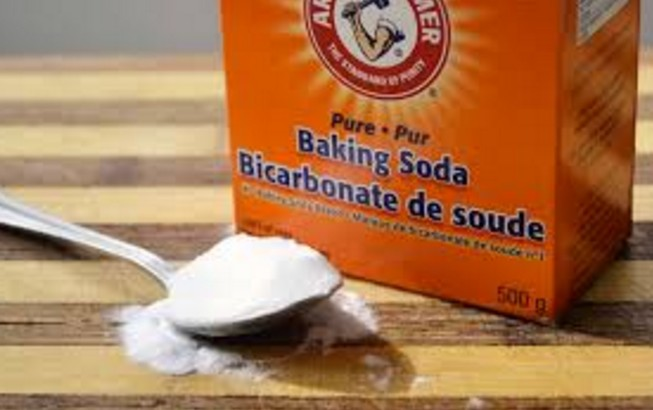 How To Get Rid Of Dark Elbow At Home by baking soda