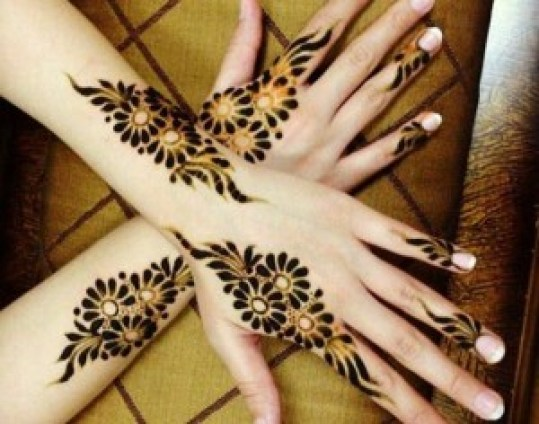 simple easy mehndi design