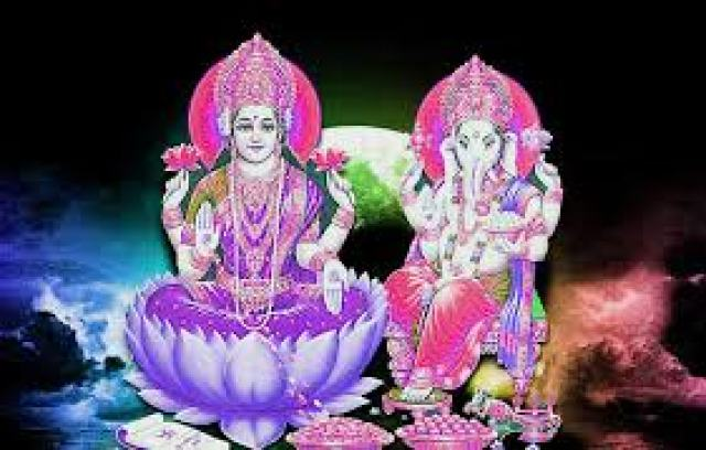 hindu god ganesh with lakshmi ji images