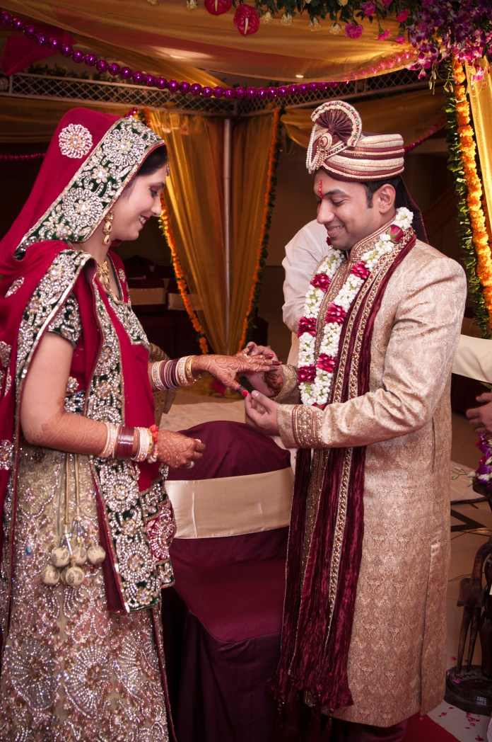 colourful and rich gujarati wedding traditions