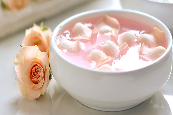 rose water on face daily