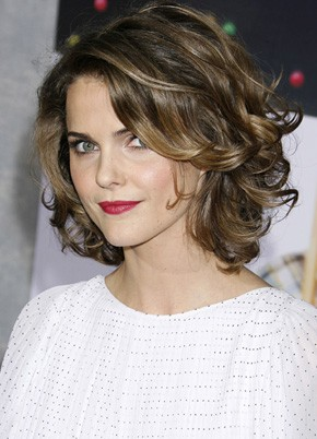 short and curly hairstyle ideas