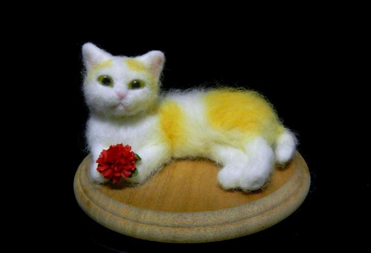 羊毛フェルト人形によるネコ作品