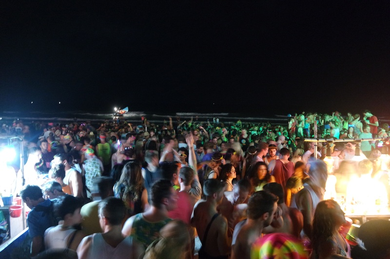 Crowd at the Full Moon Party