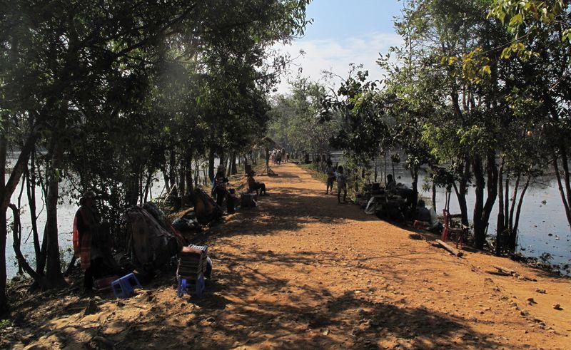 Causeway to Neak Pean