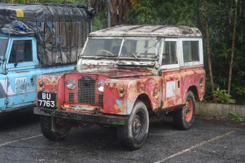 Old and rusty Land Rover