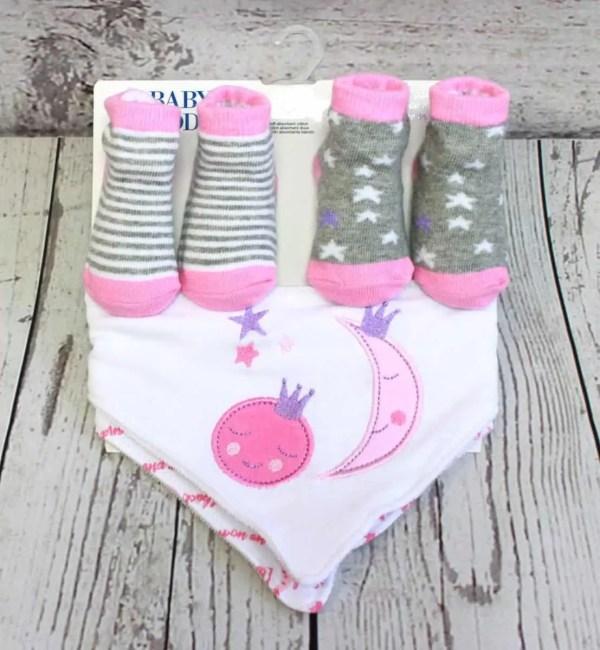 4 Piece Sock and Bib Set - Pink