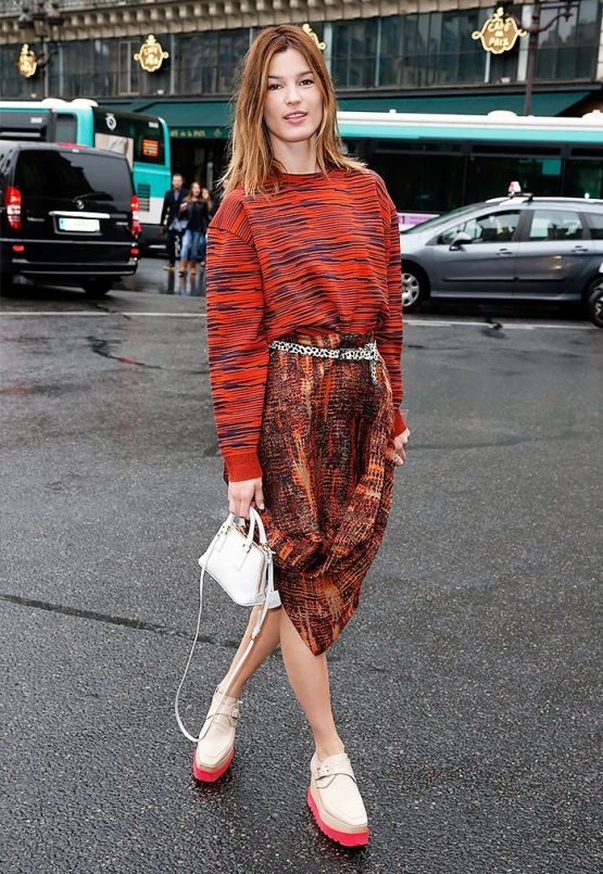 Hanneli Mustapara streetstyle on whowhatwear.com | photography : Pierre Suu/Getty Images