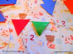 Glue the triangles to your ribbon