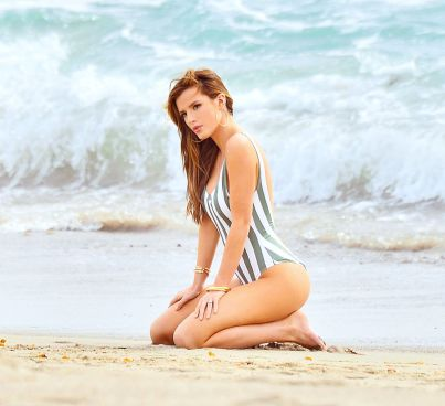 bella-thorne-in-swimsuit-on-the-set-of-a-photoshoot-in-malibu-03-17-2016_7