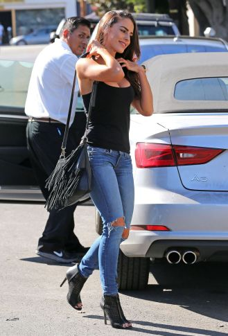 jessica-lowndes-in-ripped-jeans-out-in-los-angeles-10-21-2015_11