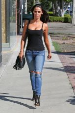jessica-lowndes-in-ripped-jeans-out-in-los-angeles-10-21-2015_16